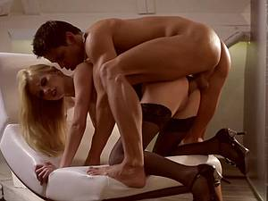Classy blonde gets a passionate doggy fuck session