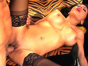 Sexy Lela shakes her booty over his gangster cock