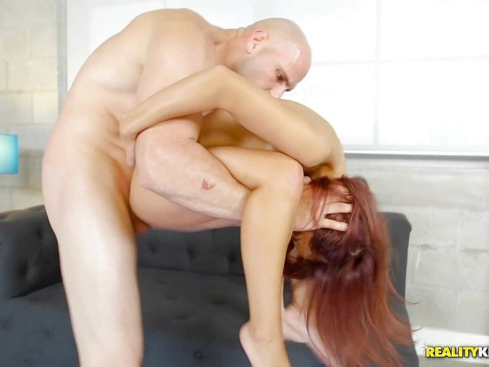 Beeg Sex | Insane fuck videos for any porn lover with daily updates