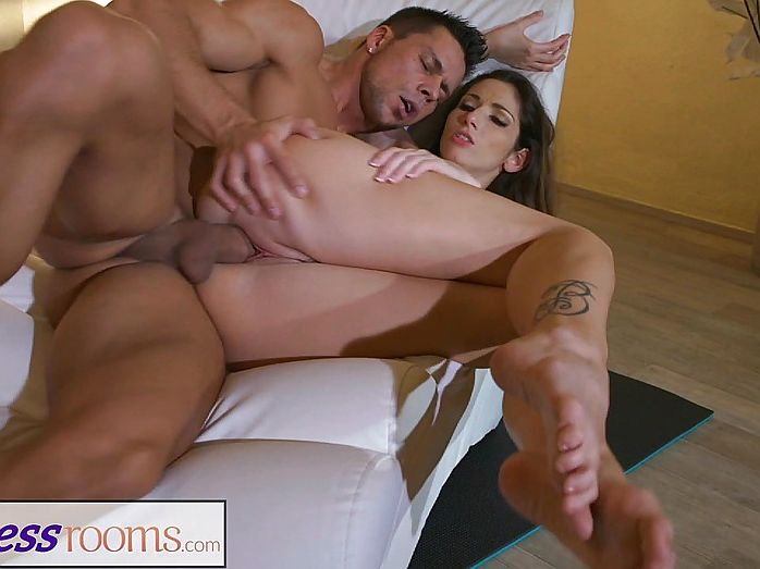 Anal outdoor group strapon